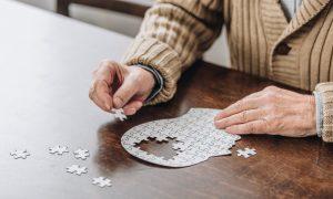 O que é a Doença de Alzheimer (DA)?